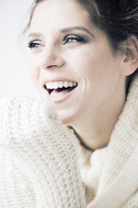 Ortodonție, îndreptarea dinților și Invisalign în Romania