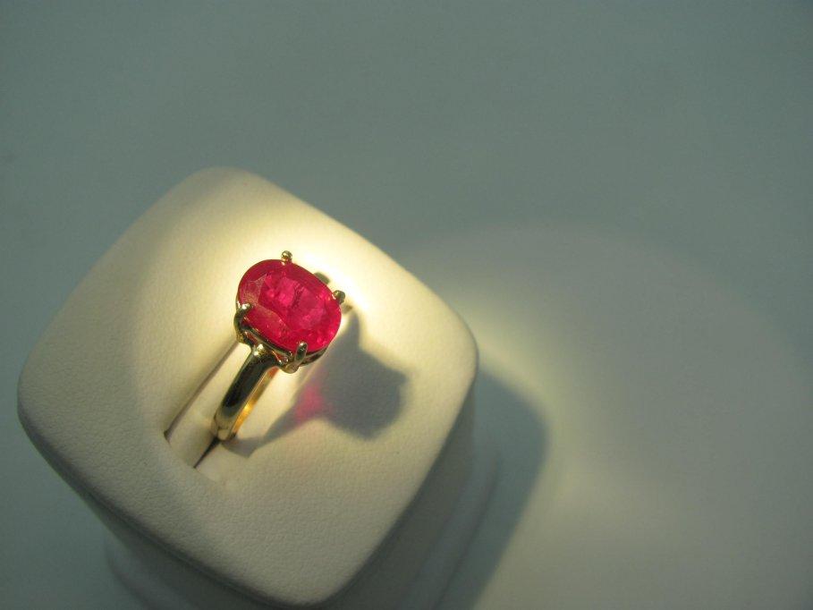 Cum se curăță și se păstrează bijuteriile cu pietre prețioase și geme organice