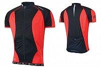 Opteaza pentru imbracaminte destinata ciclismului. Pedaleaza lejer cu echipamentul potrivit