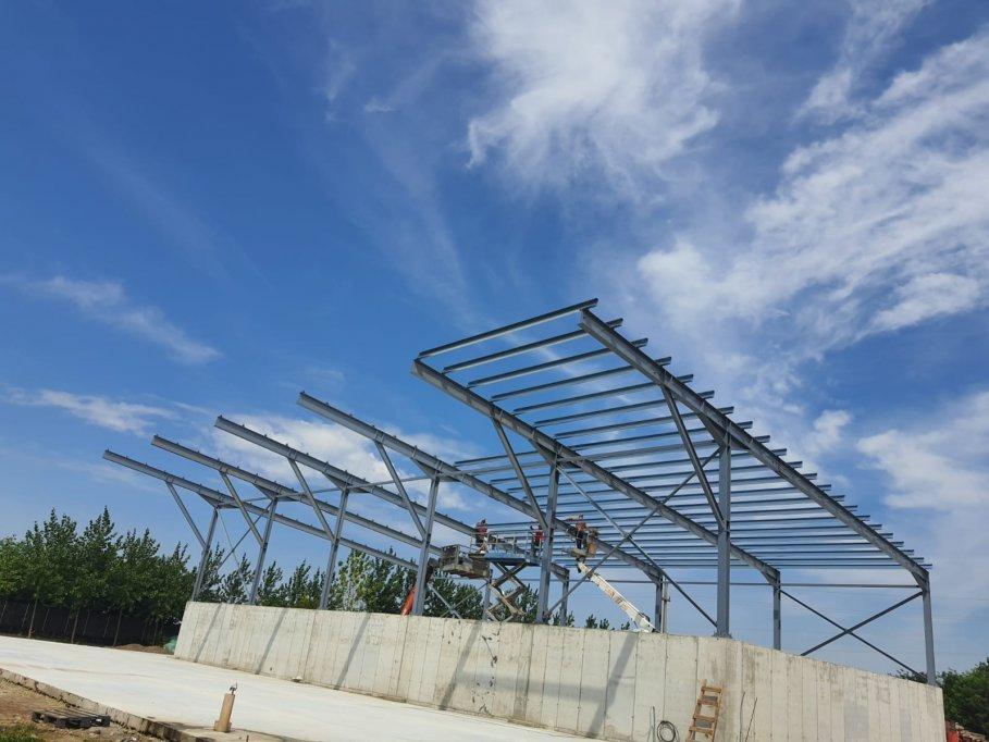 Profile C ambutisate - solutii usoare pentru structuri metalice