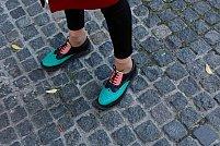 Cum să fii elegantă fără să porți pantofi cu toc înalt? Iată 3 tipuri de încălțăminte pentru care poți opta!