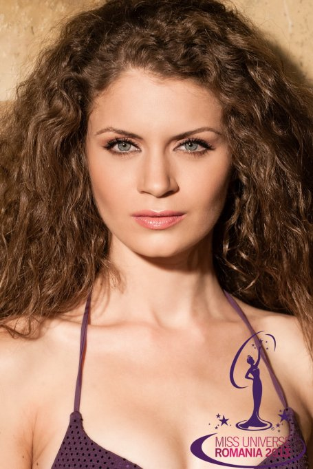 Roxana Oana Andrei va reprezenta Romania la Miss Universe 2013!