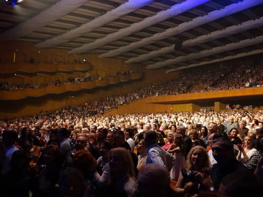 Julio Iglesias, ovationat de peste 8000 spectatori
