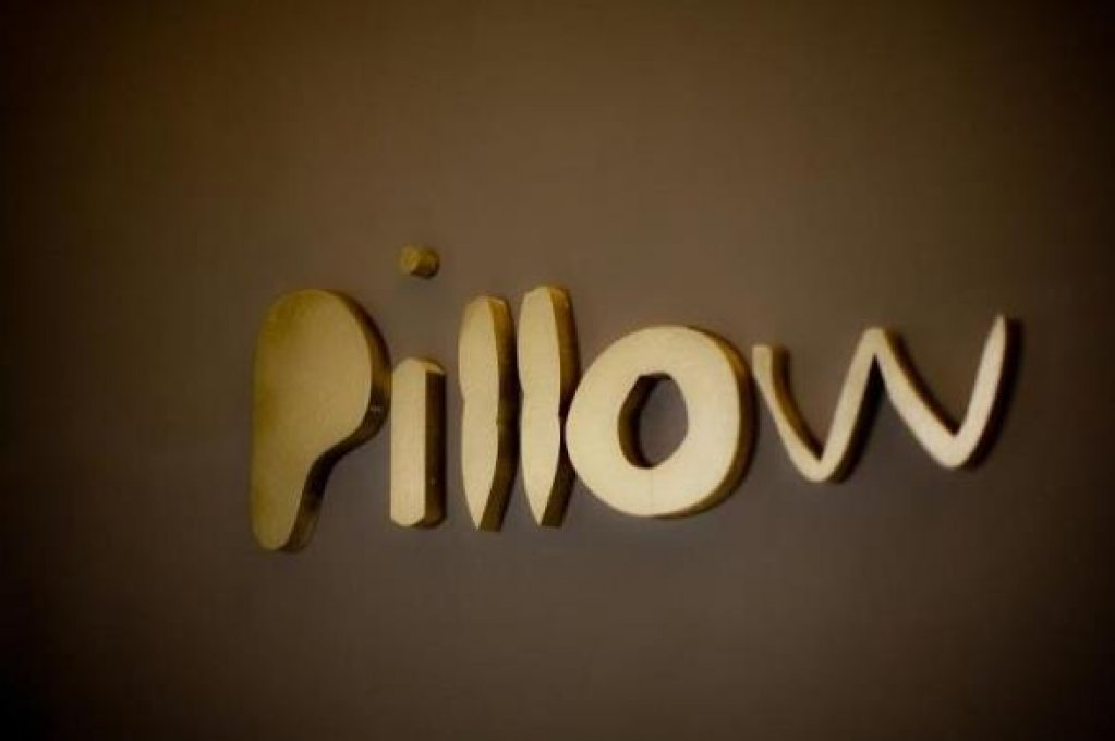 Pillow Bar & Lounge