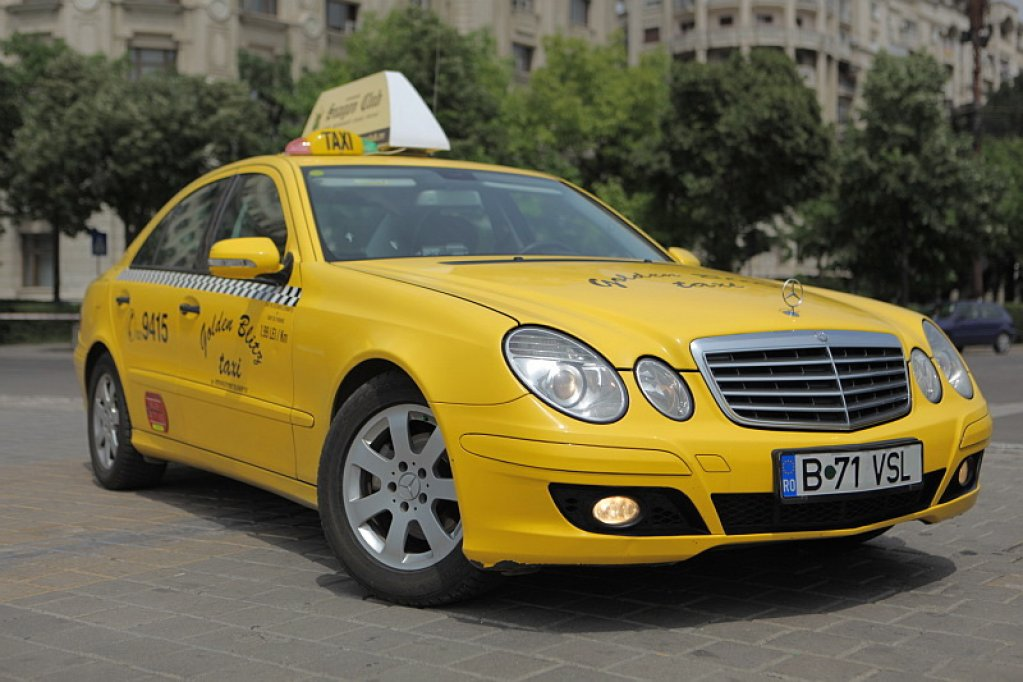 GOLDEN BLITZ TAXI