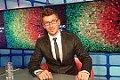 Tinerii din Romania saluta adoptarea legii voluntariatului