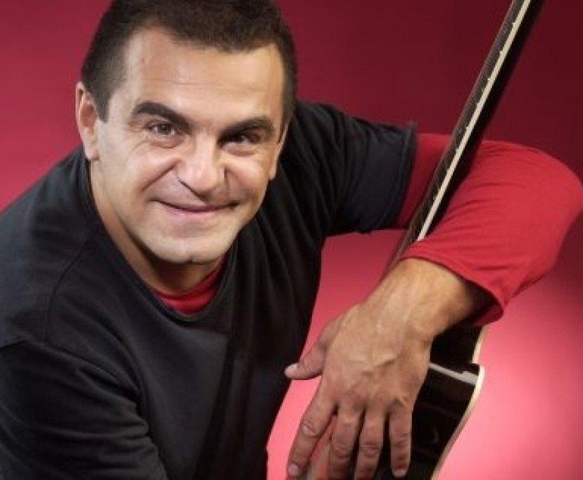 Mihai Margineanu, la un pas de a-si pierde viata din cauza avionul pe care il pilota!