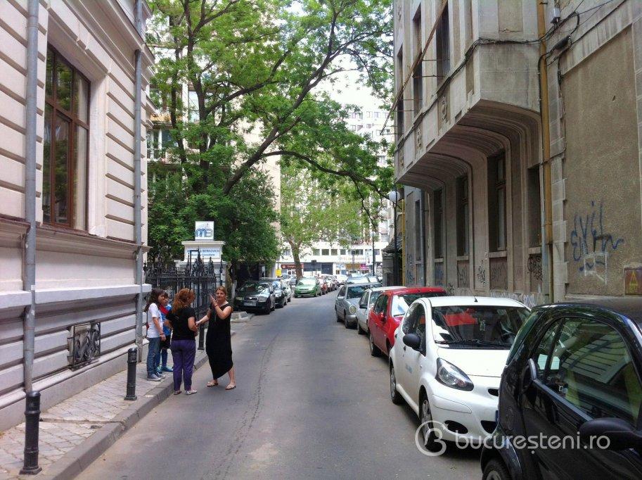 Strada Anastasie Simu