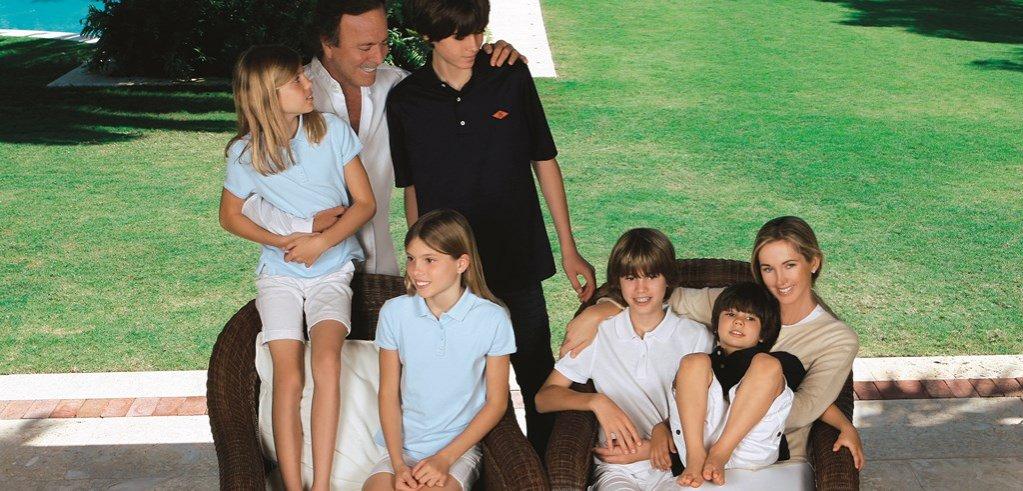 Succesul lui Julio Iglesias la femei, iluzie sau realitate