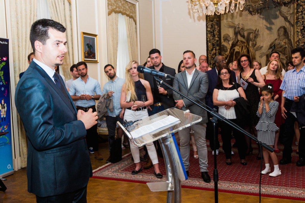 Lansare la Londra: GHIDUL comunitatii romanesti din Marea Britanie
