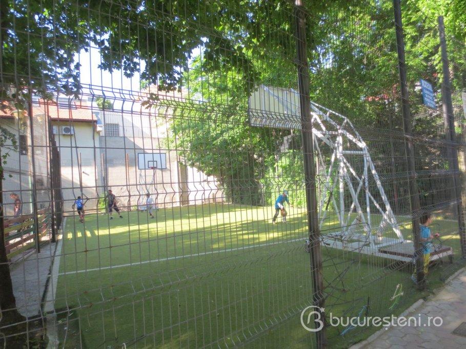 Loc de joaca - Parcul Ion Voicu