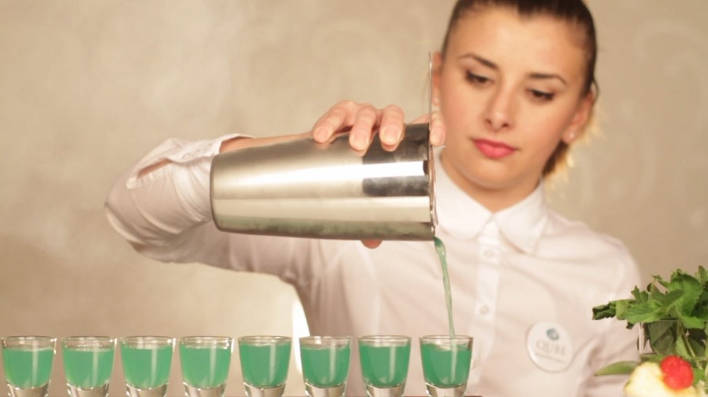 Curs Autorizat de Barman Preparator