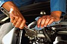 Reparatia masinii la un service auto autorizat