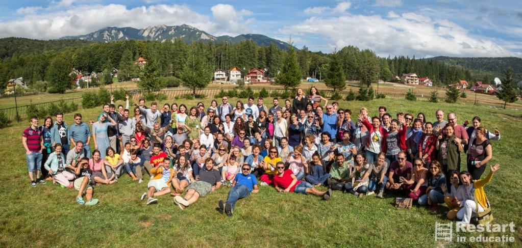 Peste 130 de participanti au mesterit la educatia viitorului in tabara RestartEdu