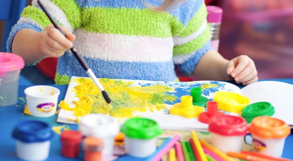 Sedinta gratuita de pictura pentru copii