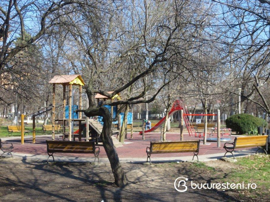 Loc de joaca - Parcul Lacul Tei