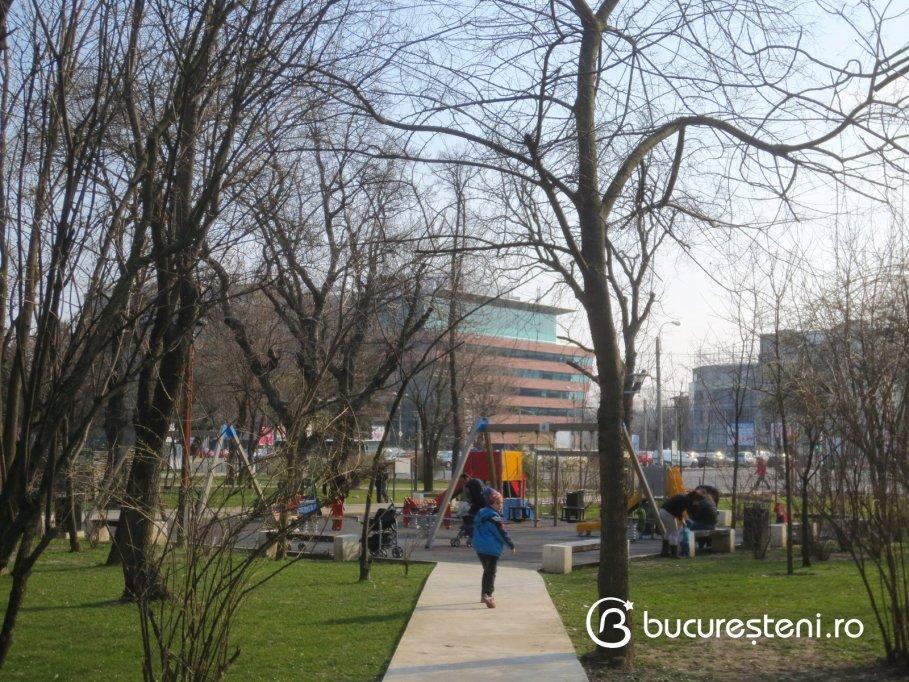 Loc de joaca - Parcul Operei