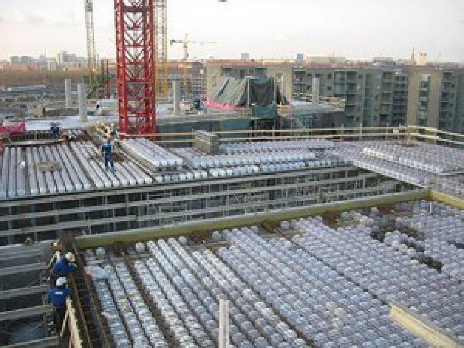 Constructii civile si industriale (case, locuinte, spatii, birouri, hale industriale)