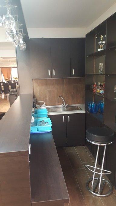 vand mobilier bar , evenimente