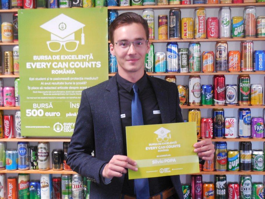 Studenţi din Cluj-Napoca şi Iaşi câştigători ai Bursei de Excelenţă Every Can Counts
