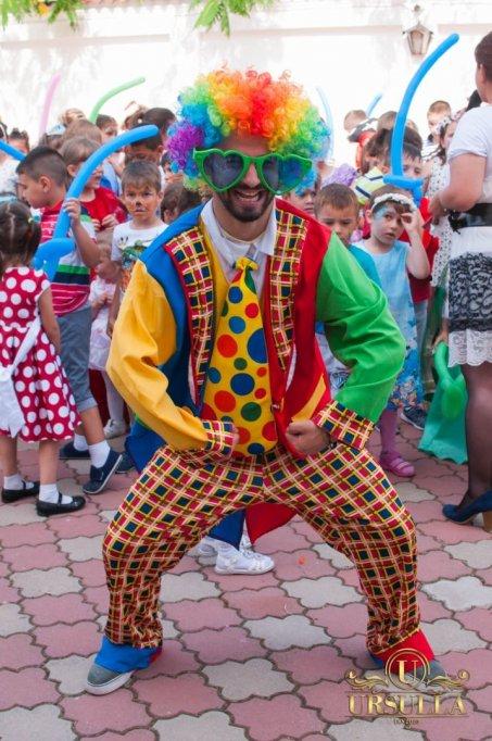 Animatori petrecere copii