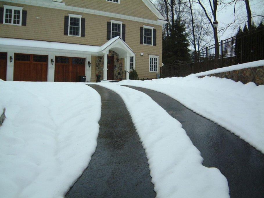 Iosoli Impex - Sisteme moderne pentru degivrare rampe de acces - Le instalezi primavara, te scapa de pericole toata iarna