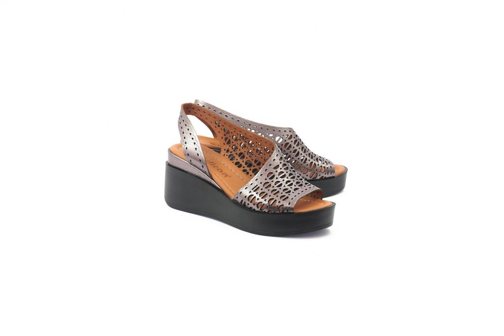 LaScarpa.ro – Poarta pantofi de dama cu atitudine pentru orice moment special