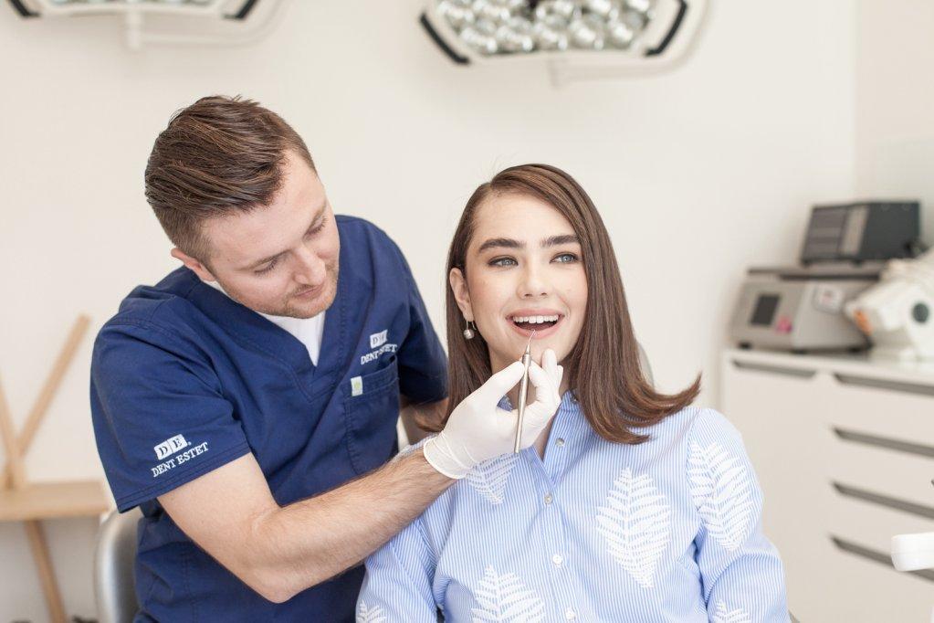 Implantul dentar 100% din ceramică o soluție estetică și rezistentă