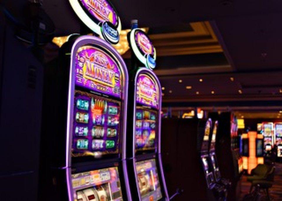 """Cele mai """"fierbinți"""" jocuri la aparate din Las Vegas"""