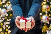 Spiridușii lui Moș Crăciun - Donează un cadou pentru copiii care au nevoie de tine!
