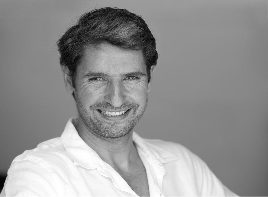 Celebru hipnoterapeut dezvăluie: 5 forțe care ne influențează deciziile de cumpărare