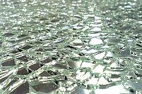 7 avantajele sticlei securizate pentru interior