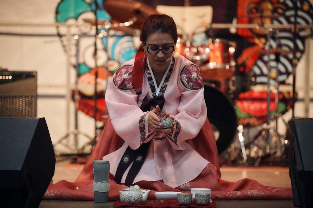Mii de pasionati de culturile asiatice au trecut pragul celei de-a saptea editii a Asia Fest