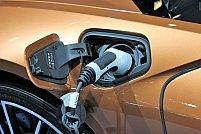 Care sunt îmbunătățirile aduse noii generații de Ford Kuga cu motoare electrice