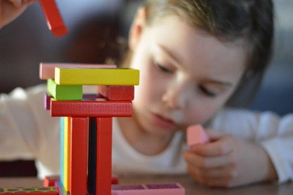 7 trucuri pentru a alege jucăriile perfecte pentru copiii tăi
