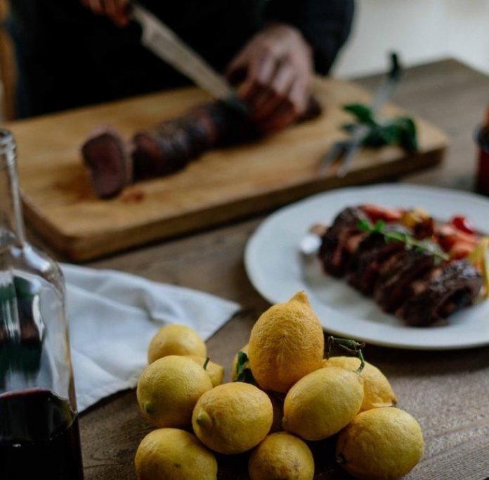 Preparate culinare cu vin rosu. Incearca aceste 3 retete simple si delicioase!