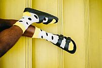 Cum se poartă sandalele bărbătești