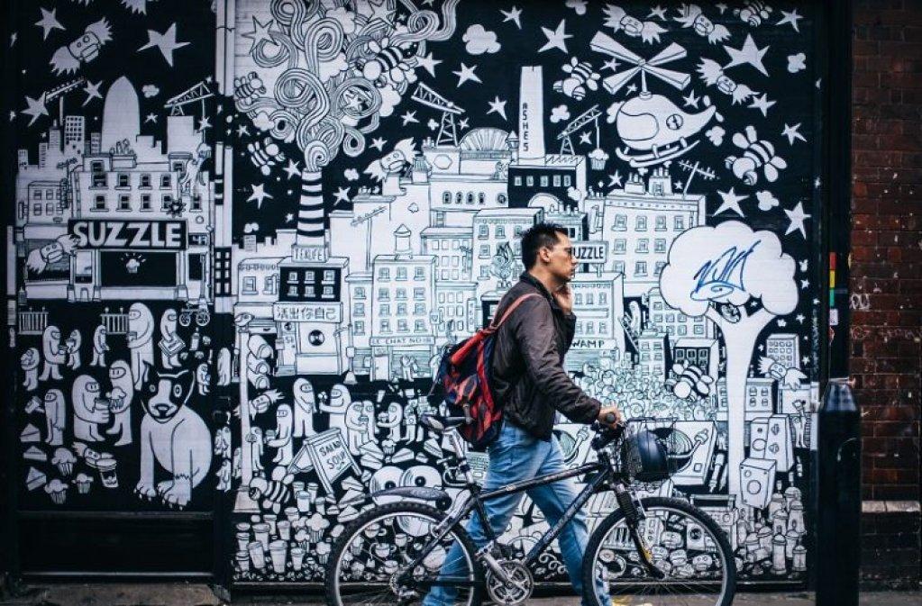 Introducere în arta urbană: mesaj, culoare, emoţie