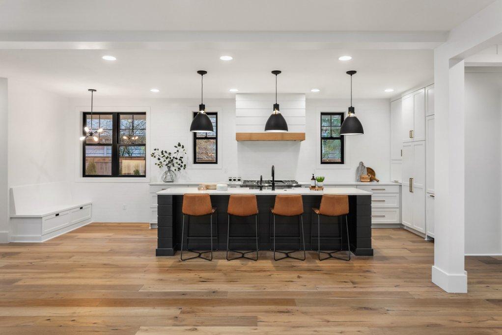 5 aspecte de care să ții cont când cumperi mobilier de bucătărie pe comandă