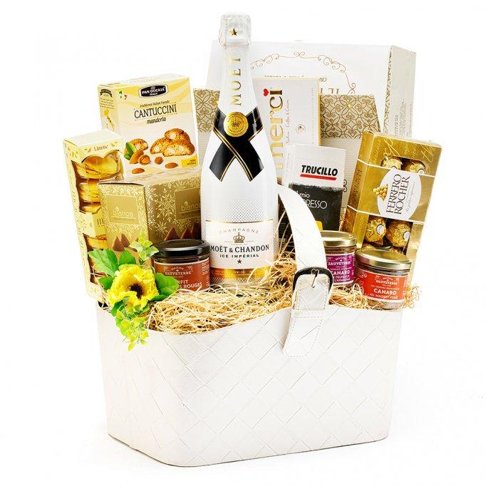 Cadouri de 8 Martie și coșuri cadou de Paște, de la gourmetGIFT.ro
