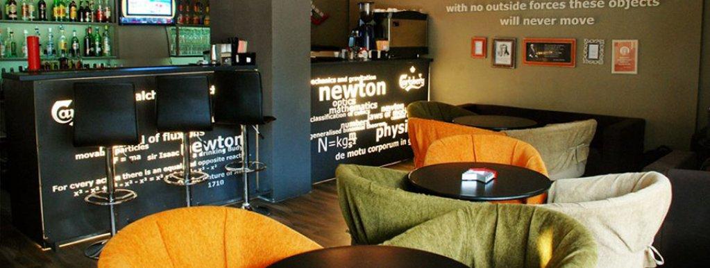 Newton Bar
