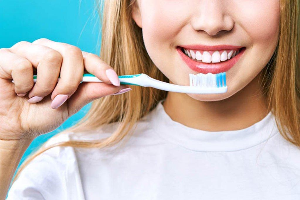 Ce se întâmplă dacă nu ne mai spălăm pe dinți?