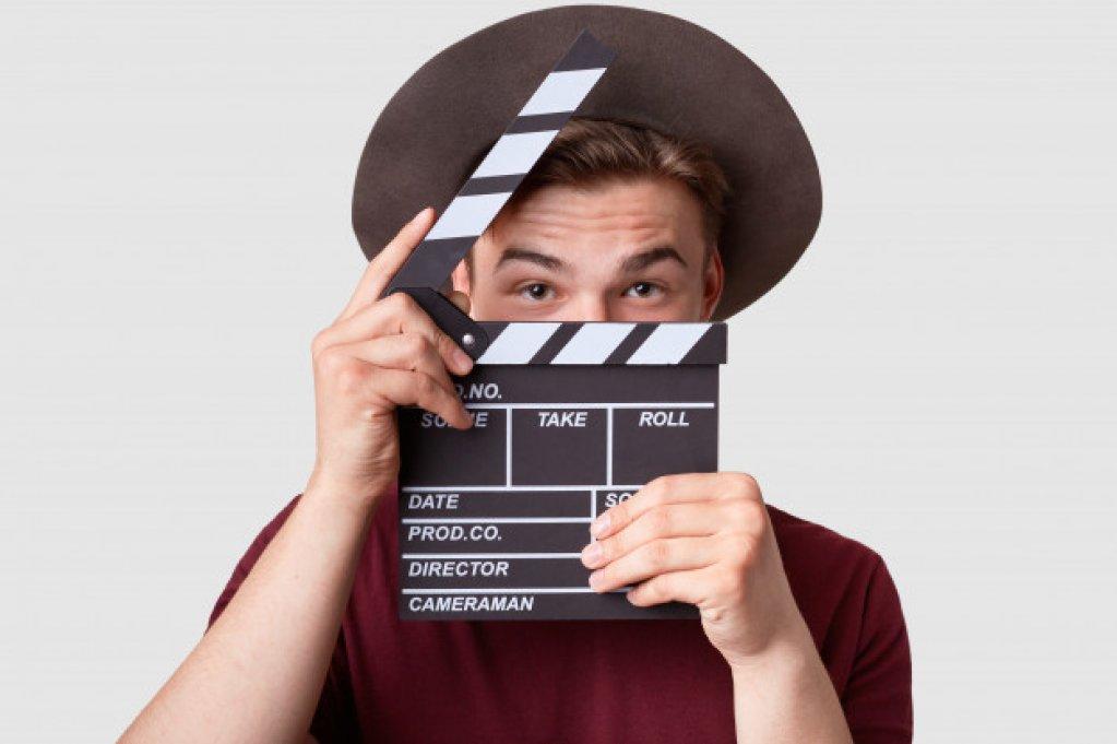 Cum scrii un film de acţiune? Eroi, poveşti şi scenarii celebre