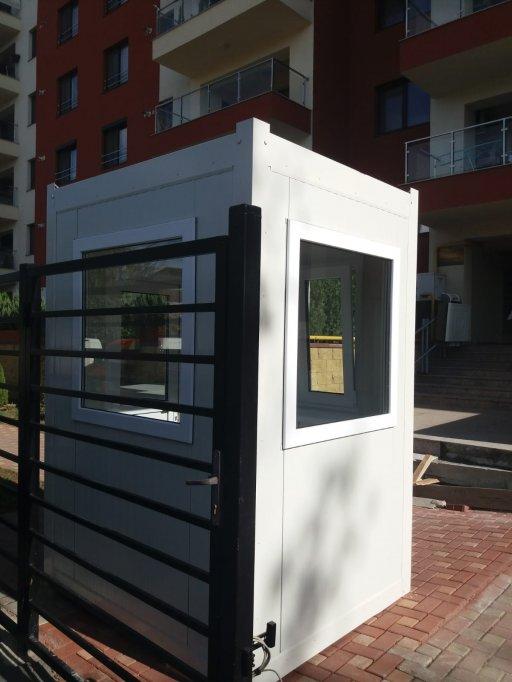 Cabine containere de paza usoare si relocabile