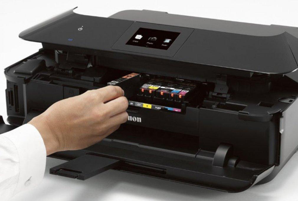 Alegeti doar cartuse originale pentru imprimanta Canon! Eficienta si calitatea se tin in recipiente mici