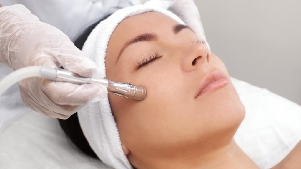 Când trebuie să mergem la cabinetul de dermatologie?