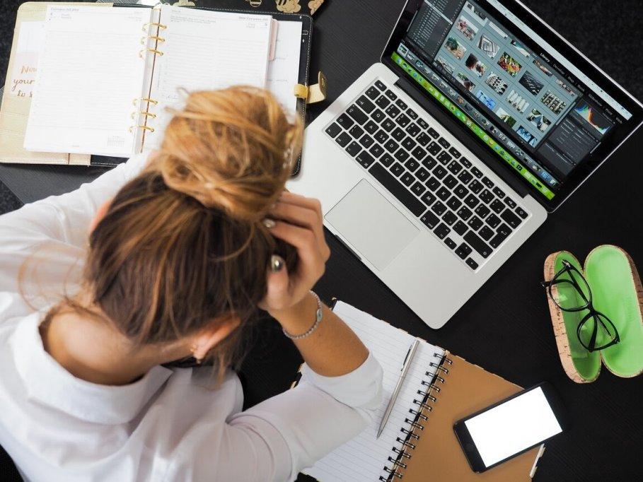 Te simți tot mai stresată? Iată 4 modalități prin care te poți relaxa instantaneu!