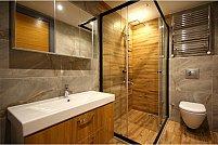 Funcționalitate și design: Ce trebuie să iei în considerare atunci când alegi o cabină de duș