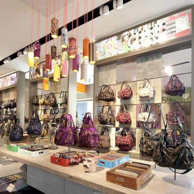 Folii Sibu pentru decorarea magazinelor de la Protege Parol