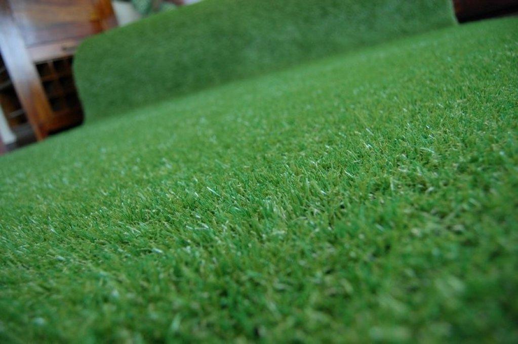 Cum se pune iarba artificiala